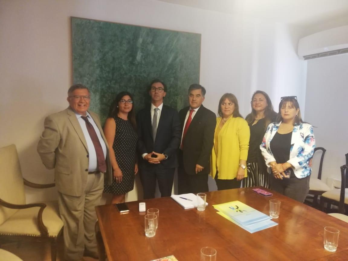anapaf con Raul Figueroa Ministro Educación